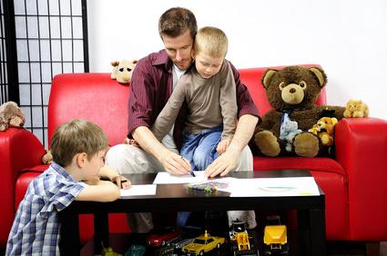 Väter 2014 – Karriere oder Kinderbetreuung?