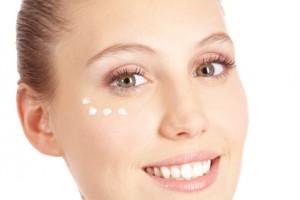 Der Artikel gibt Tipps für ein reines Hautbild.