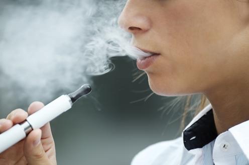 Dampfen in der Öffentlichkeit: Wo ist es erlaubt?