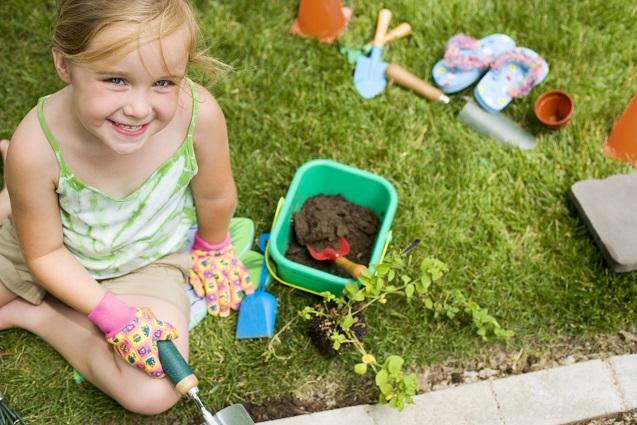 Gartenarbeit für die ganze Familie