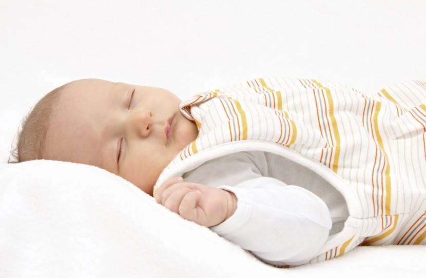Babyschlafsäcke – Darauf sollten Eltern beim Kauf achten