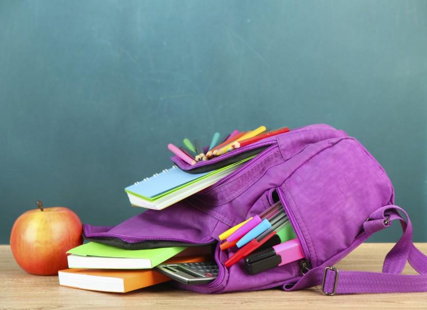Schön, praktisch und sicher: Was Eltern beim Kauf des Schulranzens beachten sollten