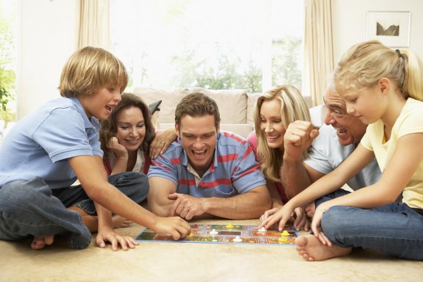 Gute-Laune-Macher für trübe Tage: Brettspiele für die ganze Familie