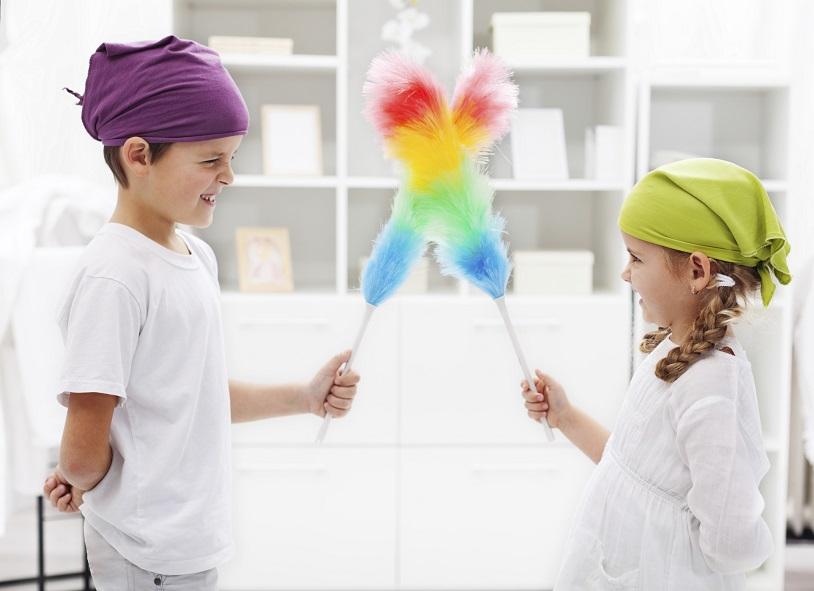 Hausarbeit: Warum Kids mit anpacken sollten – und wie man sie dazu bekommt