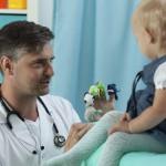 Mein Baby ist krank - wann muss ich zum Arzt?
