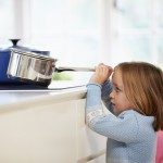 Gefahren im Haushalt: Die Wohnung kindersicher machen