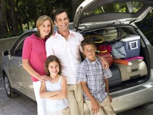 So wird die lange Autofahrt in den Familienurlaub zum Kinderspiel