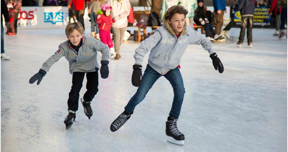 Eislaufen – Wann ist der richtige Zeitpunkt für die ersten Versuche ?