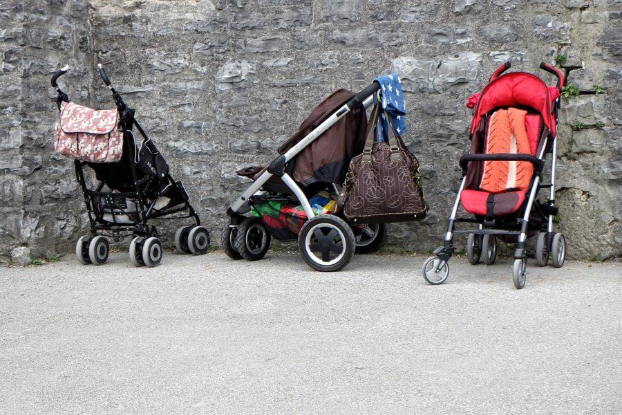 Fahrbarer Untersatz fürs Kind: Kombikinderwagen oder Buggy?
